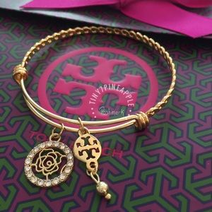 ✅ 🆕 TORY BURCH LOGO PENDANT CHARM GOLD BANGLE